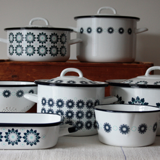 Crisp & Dene. Enamel Cookware Collection
